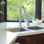 best kitchen faucets under 200